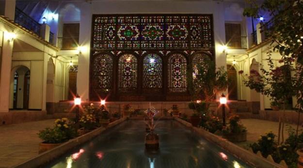 فضای باز هتل عتیق اصفهان-عتیق