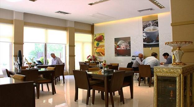 نمای رستوران هتل پامچال تهران-پامچال