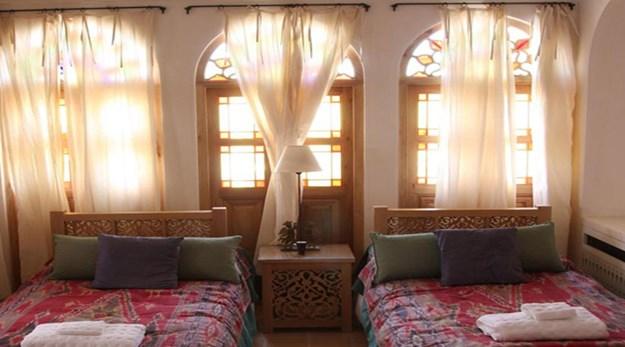اتاق هتل خانه منوچهری کاشان-خانه منوچهری