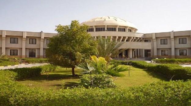 نمای ساختمان هتل لاله چابهار-لاله