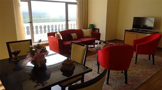نمای رستوران هتل بوتانیک گرگان-قصر بوتانیک