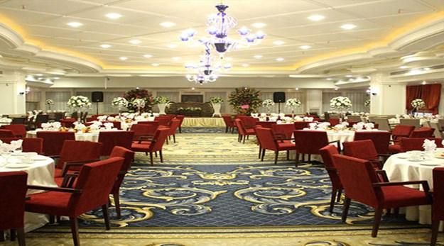 نمای سالن کنفرانس هتل اسپیناس پالاس تهران-اسپیناس پالاس