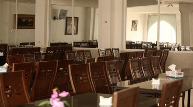 نمای رستوران هتل خانه نگین کاشان-سنتی خانه نگین