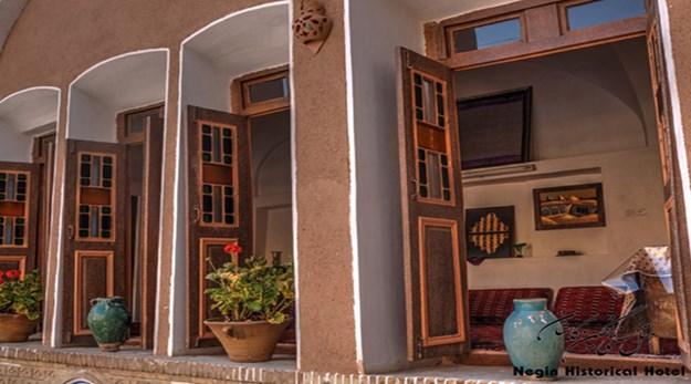 نمای هتل خانه نگین کاشان-سنتی خانه نگین