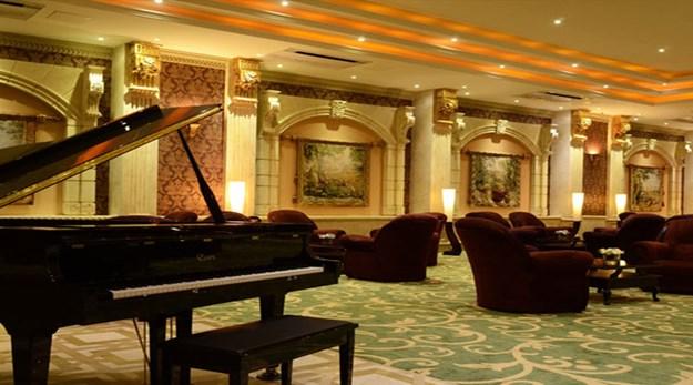 نمای لابی هتل بزرگ ۲ تهران-بزرگ ٢