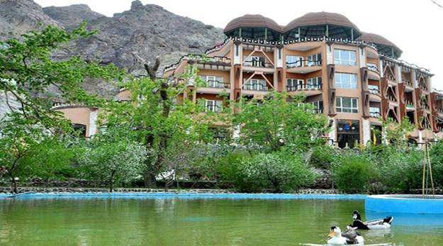 نمای هتل بزرگ بیرجند-بزرگ کوهستان