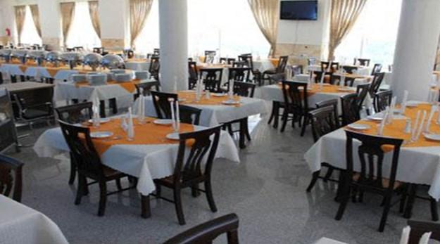 نمای رستوران هتل سبز نیاسر کاشان-سبز