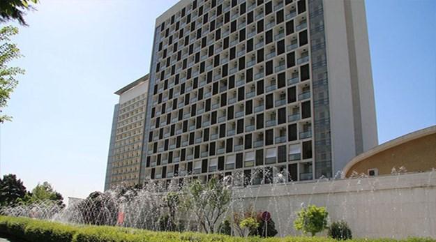 نمای بیرونی هتل استقلال تهران-استقلال