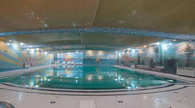 نمای استخر هتل فردوسی تهران-فردوسی