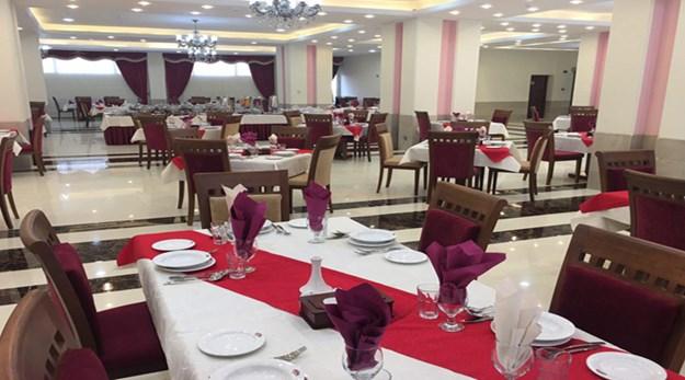 نمای رستوران هتل پارسیس مشهد-پارسیس