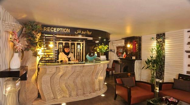 نمای پذیرش هتل الیان تهران-الیان