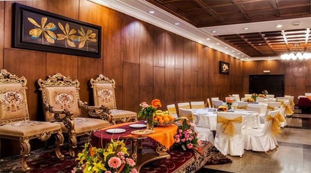 نمای رستوران هتل آکادمی فوتبال تهران-آکادمی فوتبال