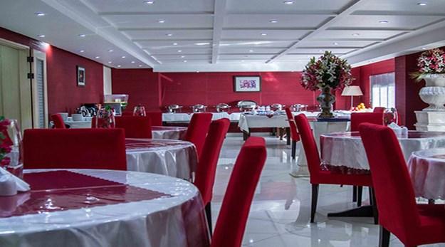 نمای رستوران هتل پاریز تهران-پاریز