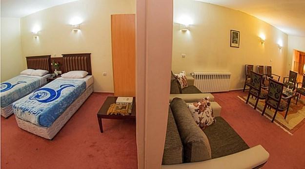 نمای اتاق مهمانسرا جهانگردی سراب-جهانگردی