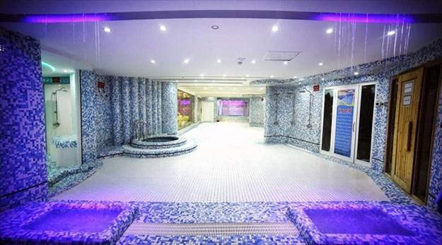 نمای استخر هتل سی نور مشهد-سی نور