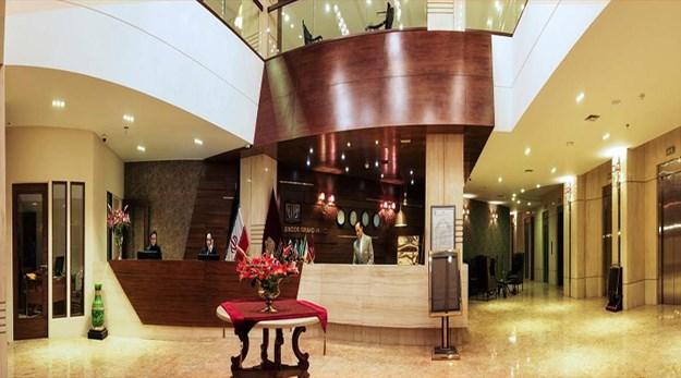 نمای پذیرش هتل سی نور مشهد-سی نور