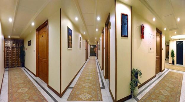 نمای راهرو هتل خانه سبز مشهد -خانه سبز