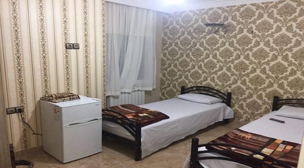 نمای اتاق دوتخته مهمانسرای کشاورز تهران-کشاورز