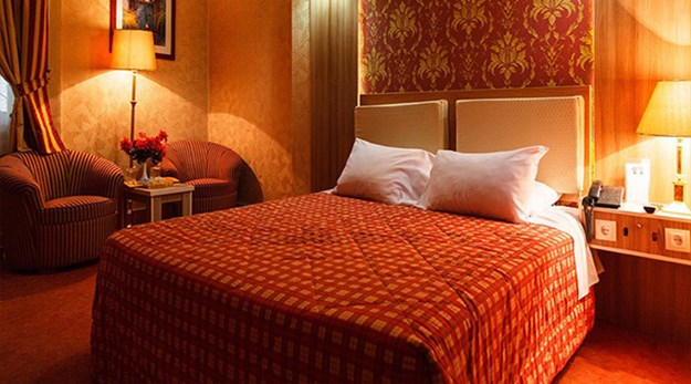 اتاق هتل عالی قاپو اصفهان-عالی قاپو
